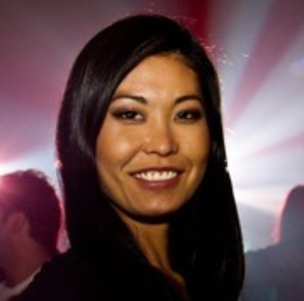 Liana Nakahodo, a sansei from Brazil, will be the speaker at the Worldwide Uchinanchu Business Association–International 12 June 2014 meeting. Go to the WUBHawaii site for details.