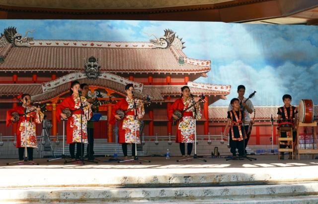 Nankuru Sanshin, Radio Okinawa's 2014 Miuta Taisho Winner.