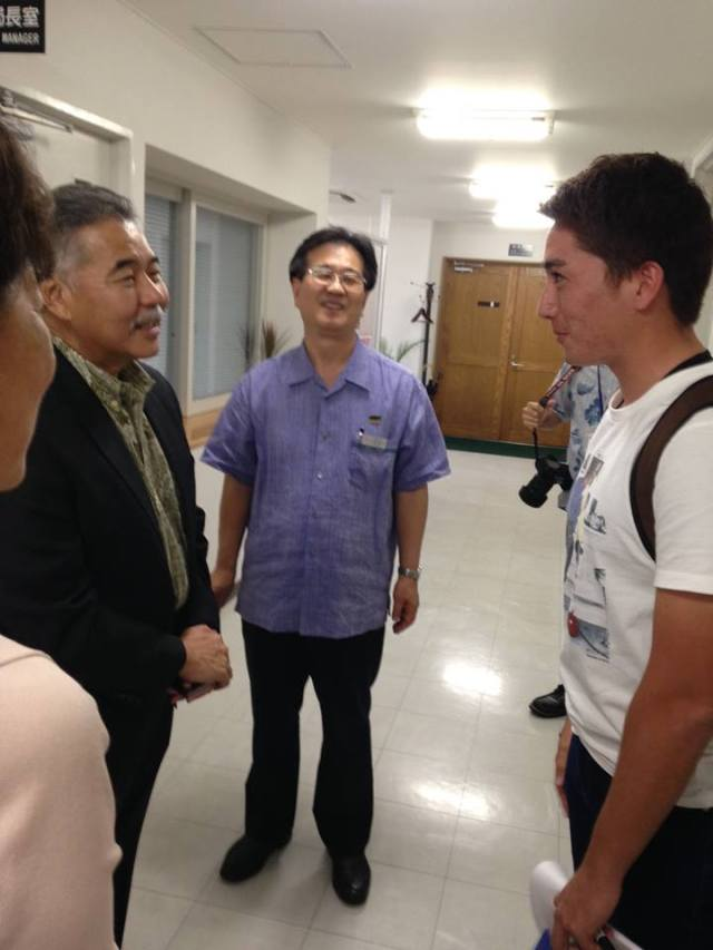 Speaking with the students at Meio University. (10/8/15) — in Nago.
